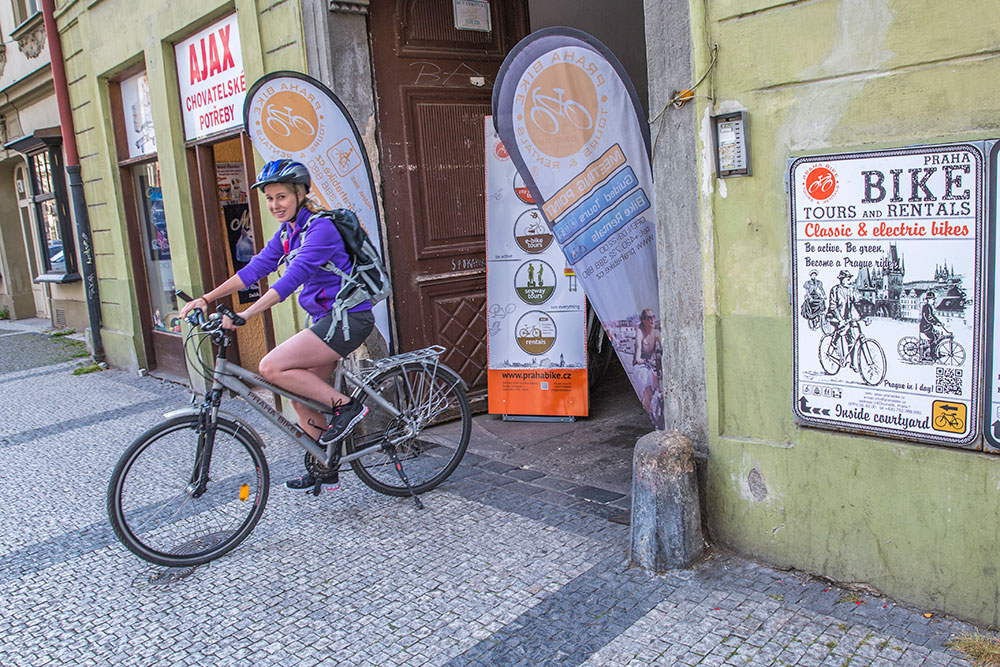 Prague Bike Tour to Karlstejn Castle ©GregSnell