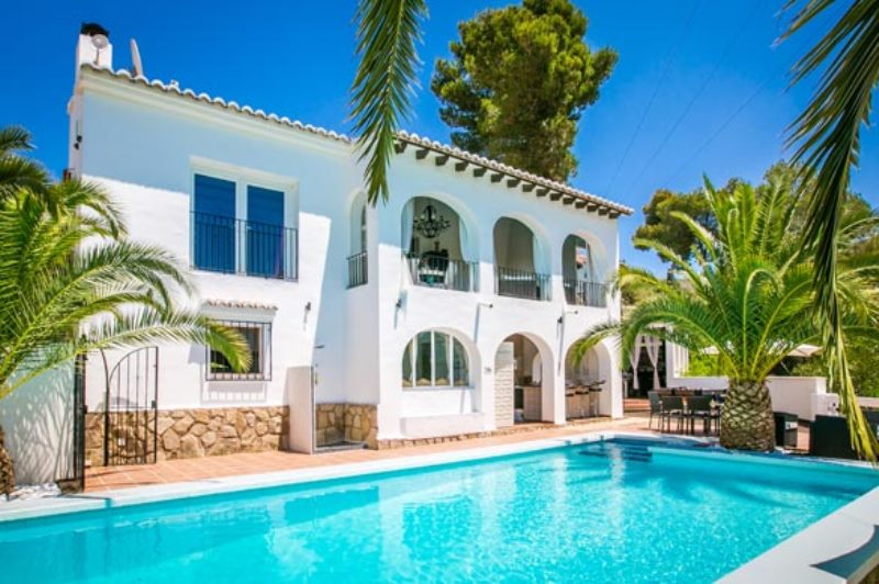 Reasons why you should choose a villa for your next luxury holiday