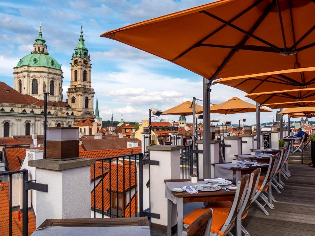 Aria hotel prague review the wandering wanderlusters for Best hotels in mala strana prague