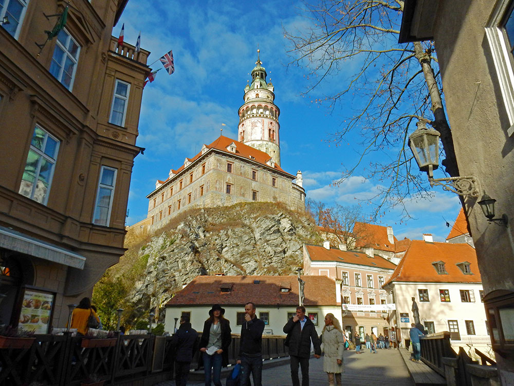 Cesky-Krumlov-Castle-from-Street-View-Czech-Republic